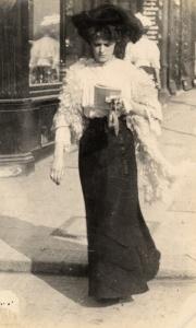 Edward-Linley-Sambourne-Street-Fashion-2